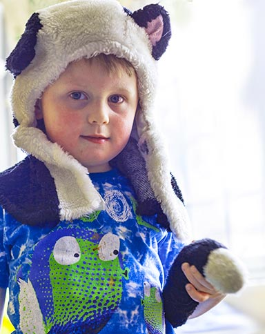 http://www.little-steps.co.uk/wp-content/uploads/2017/07/little-steps-day-nursery-children-roleplay-04..jpg