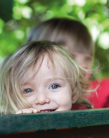 http://www.little-steps.co.uk/wp-content/uploads/2017/07/little-steps-day-nursery-happy-child-05.jpg