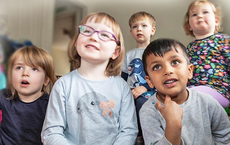 http://www.little-steps.co.uk/wp-content/uploads/2017/07/little-steps-day-nursery-parents-03.jpg